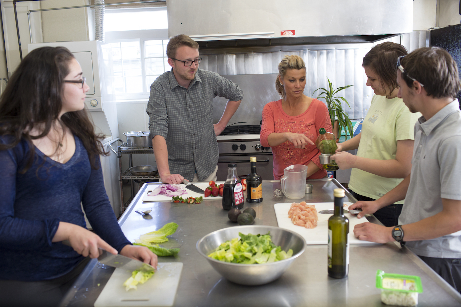 Group Learning How to Cook Together